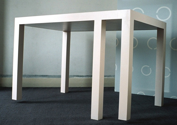 Table with 5 legs 150x85x75cm